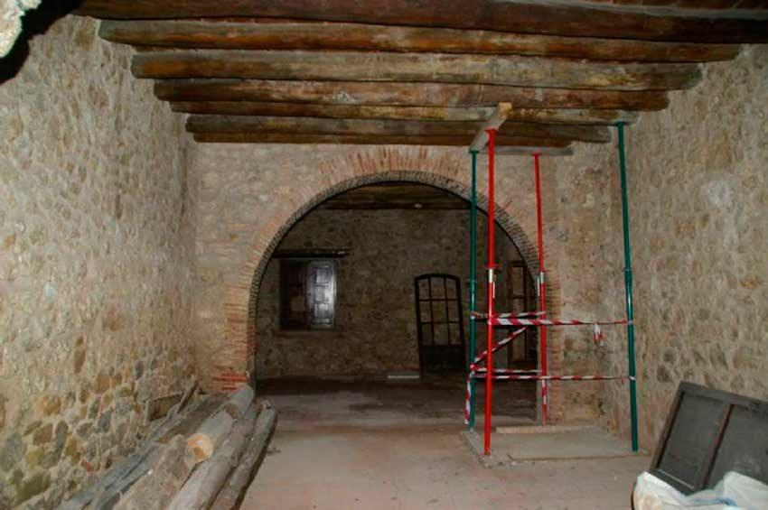 Torre Medieval Baix Emporda Arco