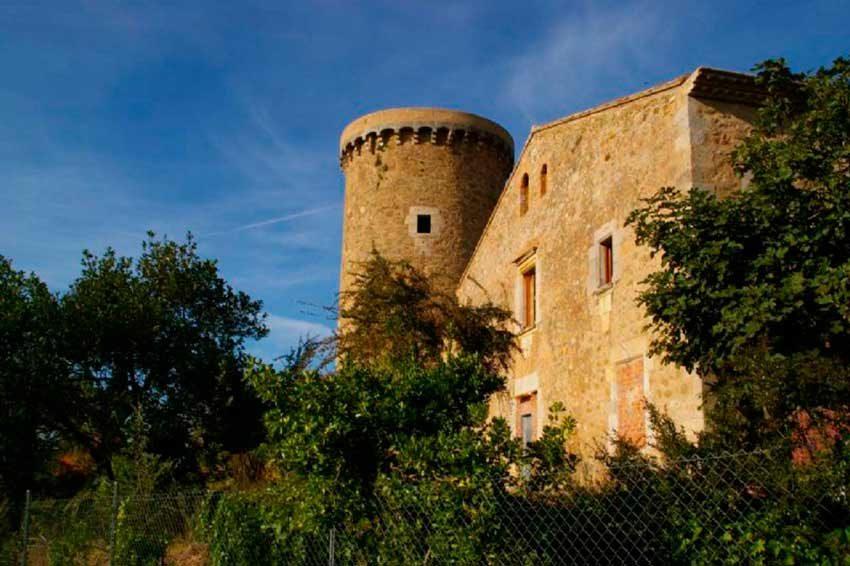 Torre Medieval Baix Emporda Jardin