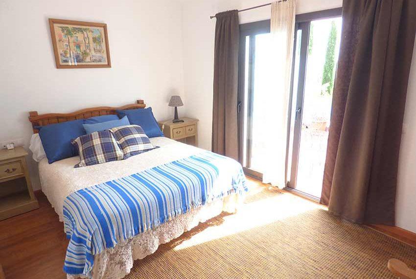 Hotel-BB-en-Venta-en-el-Baix-Emporda-Hab3