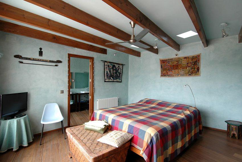 Casa-de-Pueblo-con-Patio-Hab4