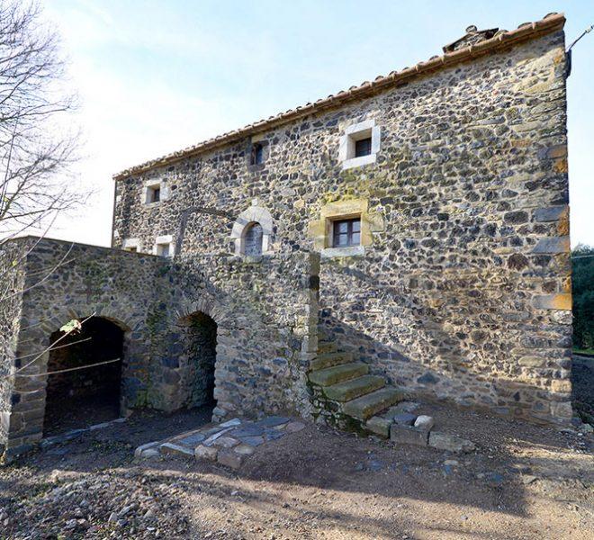 Masia Restaurar Girona